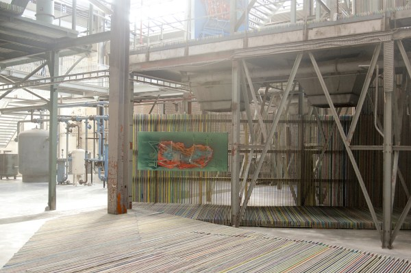 Jop Vissers Vorstenbosch - Zwerfaval (station Brussel Noord) - 100x235cm Olieverf, lak en spuitbus op doek