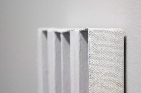 Joseph Montgomery - Image Three Hundred Twelve - 41x24x4cm Olieverf op cedar en canvas (detail)