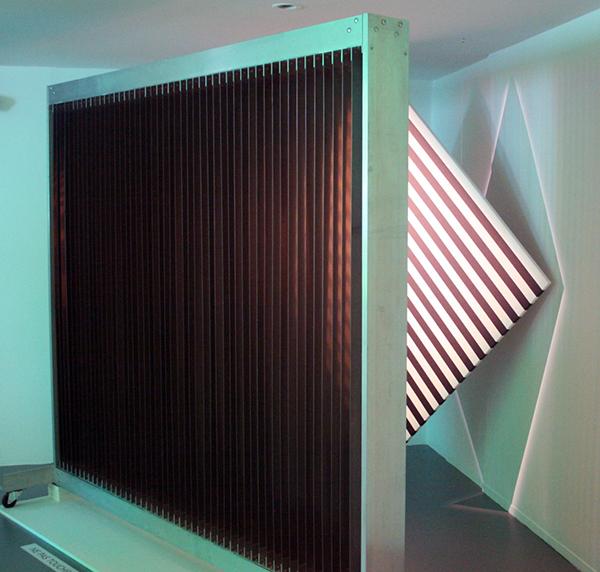 Julio le Parc - Cloison a Lames Reflechinssantes - IJzer en aluminium (detail)