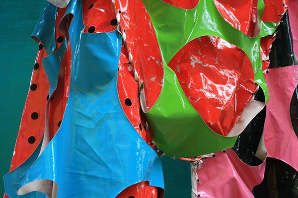 Klaas Kloosterboer - 00319 (Big Suit) - Lakverf op linnen (detail)