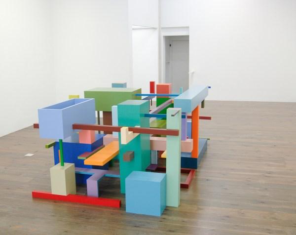 Krijn de Koning - Shafts and Corridors - 100x160x300cm Beschilderd hout