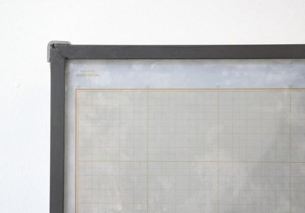 Lennart Lahuis - Tradition (girl) - 50x35cm Inkjet print op hout en bijenwas op papier (detail)