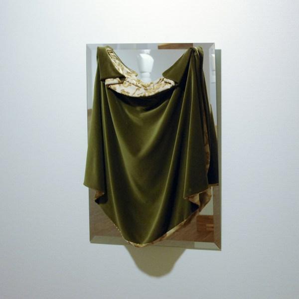Lili Dujourie - In mijn nacht nadert niemand - Fluweel en spiegel 1985