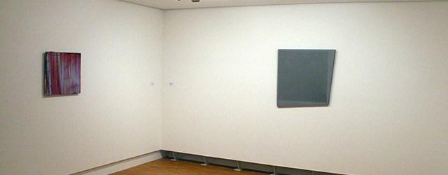 Een duoshow heeft de bedoeling de som meer te zijn dan de delen. 1+1=3. Die meerwaarde is bij de tentoonstelling van Michiel Ceulers (1986) en Ben Akkerman (1920-2010) overduidelijk aanwezig. […]