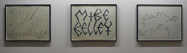 Mike Kelly - Personality Crisis - Acrylverf op millimeterpapier