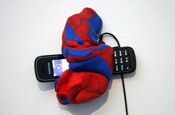 Navid Nuur - Redblueredblue - Gebakken klei en GSM 06-20576635 2008-2013