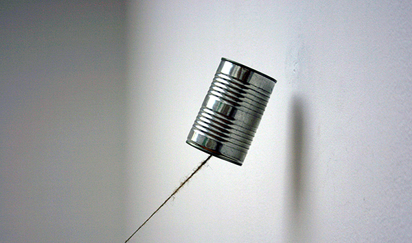 Navid Nuur - Untitled - Stoel uit de studio van de kunstenaar, tour, blikjes en... 2013 (detail)