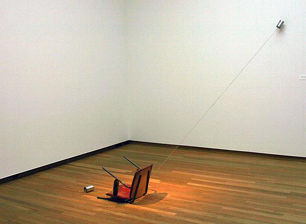 Navid Nuur - Untitled - Stoel uit de studio van de kunstenaar, tour, blikjes en,,, 2013