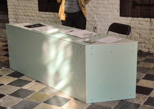 Ola Vasiljeva - En Rachachant - Mixed media installatie