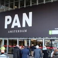 Vandaag begint officieel de PAN weer. Voor mij is de PAN vooral een leuke gevarieerde beurs. Niet alleen is er hedendaagse kunst, er is ook modern werk, werk uit de […]