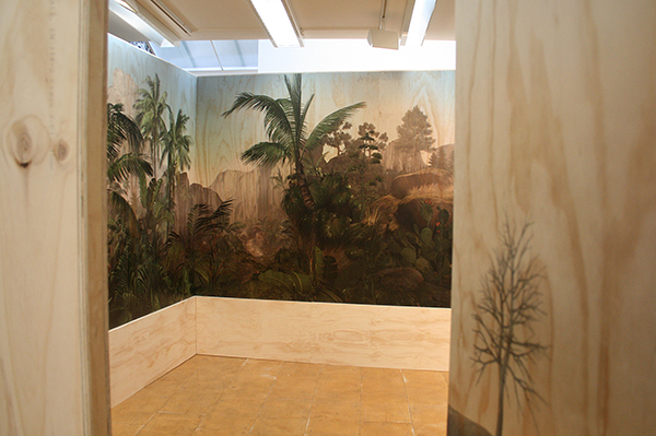 Persijn Broersen & Magrit Lukacs - Les Zones Terrestres - 430x310x280cm, Print op multiplex