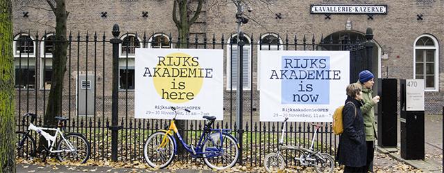 Komend weekend is het weer zo ver, de poorten van de Rijksakademie gaan open voor het gewone publiek. Een zevenduizend man betaalteen kaartje om te mogen zien wat 50 kunstenaars […]