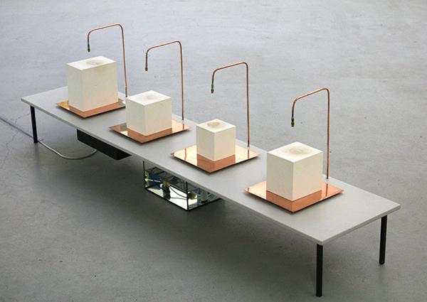 Rosa Peters - Liminality - Installatie met gips, water en koper