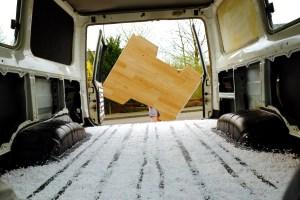 LOST TRACK Reiseblog LOST TRACK Land Cruiser - Ausbau HZJ 78 Innenausbau Fußbodenisolierung Isolierung