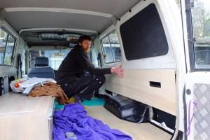 LOST TRACK Reiseblog Toyota Land Cruiser HZJ 78 Innenausbau Seitenverkleidungen