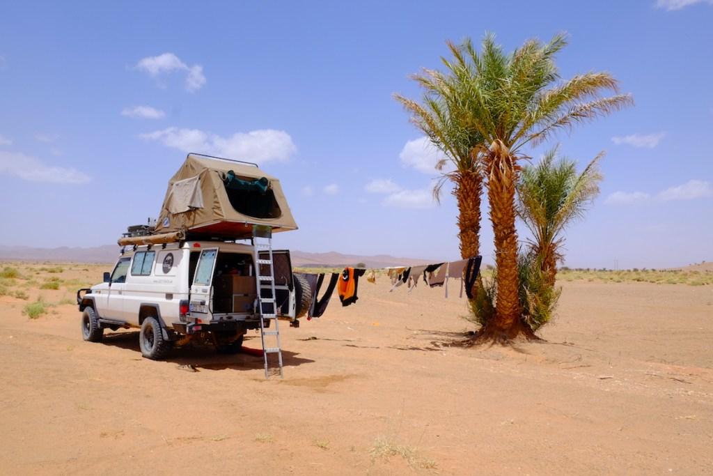 LOST TRACK Reiseblog Afrika Marokko Sahara Wüste Offroad 4x4 Toyota Landcruiser HZJ78 Garage Jaboud Challenge Zagora Vanlife wildcamping Hannibal