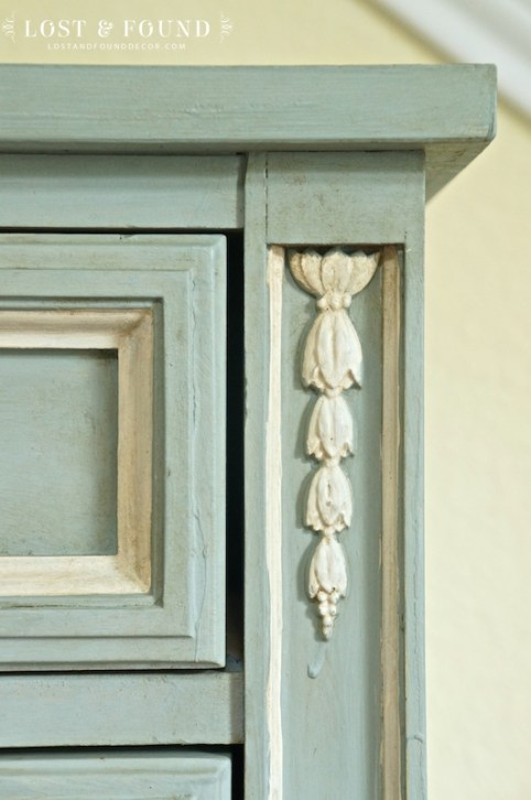 one-day-painting-with-chalk-paint-makeover-9