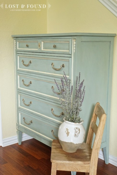 one-day-painting-with-chalk-paint-makeover-5