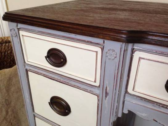 Painting Furniture With Chalk Paint 3