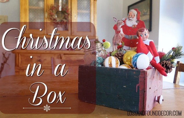 Easy vintage-style Christmas vignette