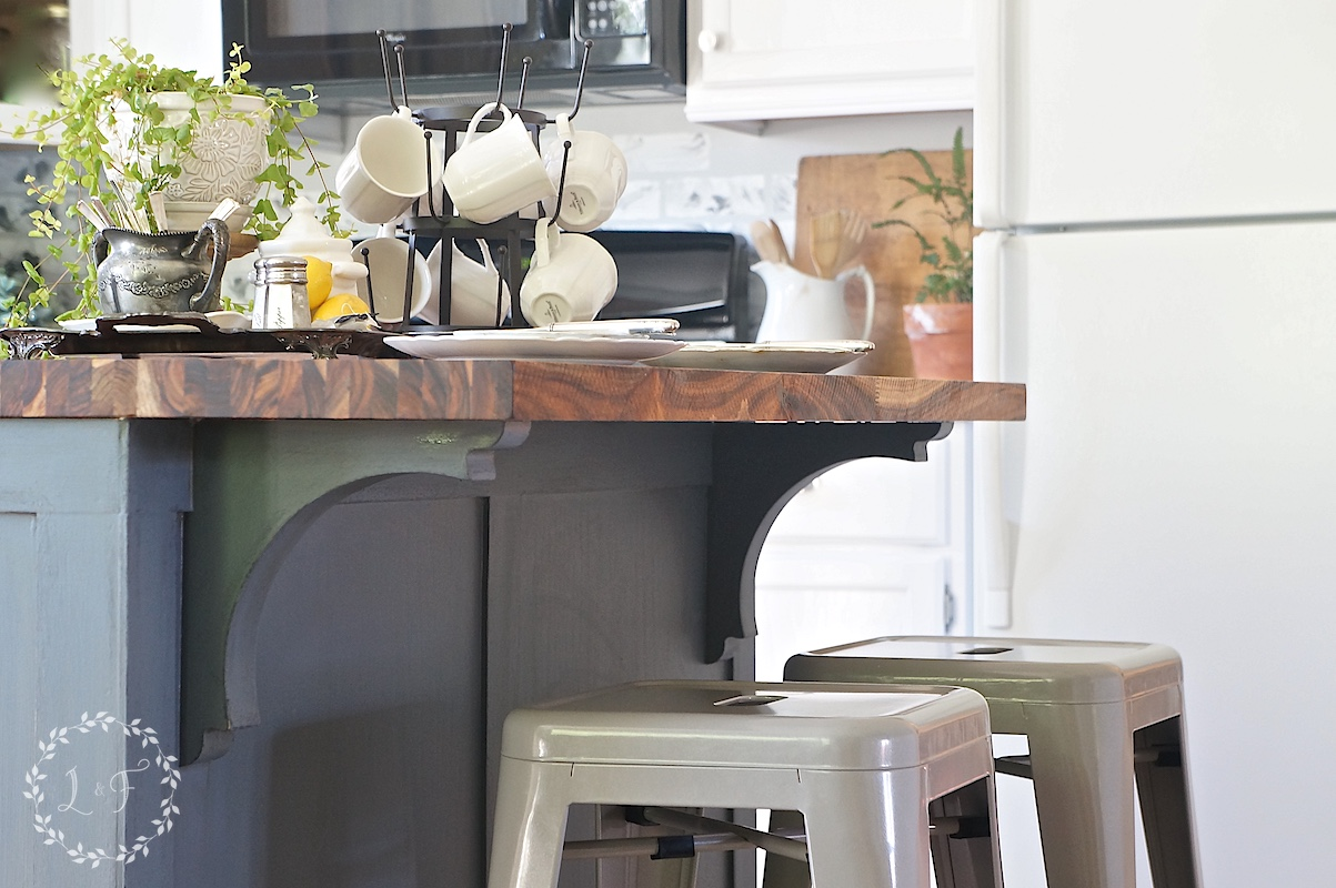 Farmhouse Style Kitchen Island