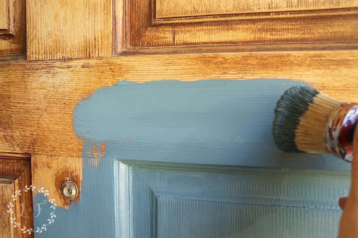 painting the door 2 & Front Door Refresh with Fusion Mineral Paint and a Giveaway!   Lost ...