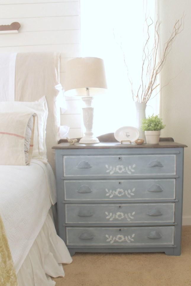 antique-4-drawer-chest-1