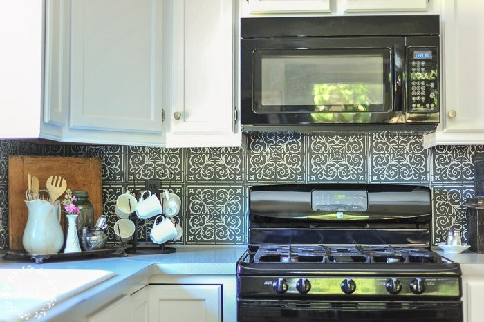 Kitchen Makeover Faux Patterned Tiles 2