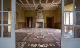 Chateau Harry Markus Urbex France-11.jpg
