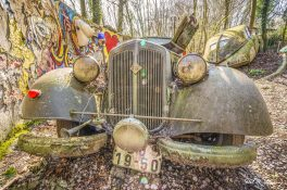 Car-Graveyard-33.jpg