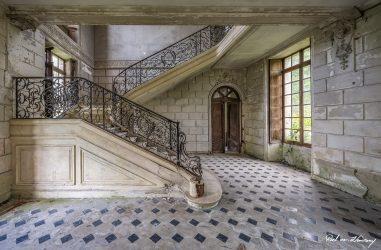 Chateau-Des-Singes-3.jpg