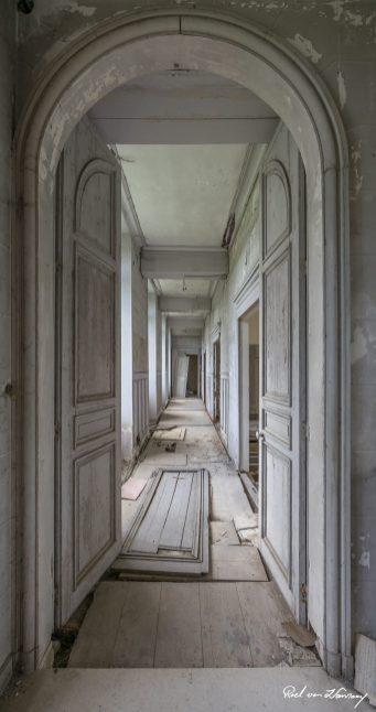 Chateau-Des-Singes-8.jpg