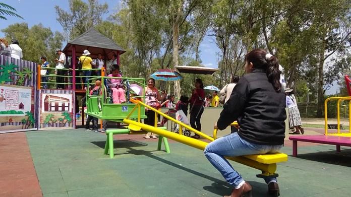 Resultado de imagen para juegos en el parque para niños