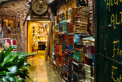 venice, bookshop, flooded, acqua alta