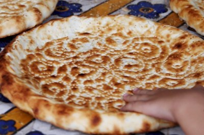 fwc-uyghur-naan-bread