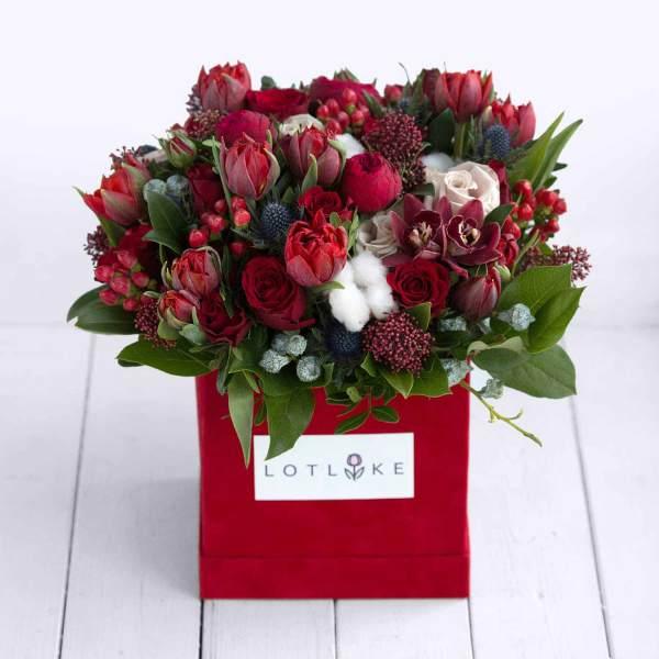 Букет цветов Ред Пиано в коробке. Купить цветы.