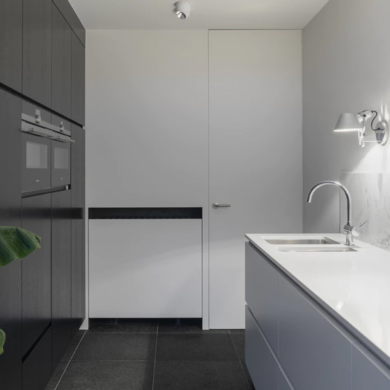 What is the average cost of a kitchen