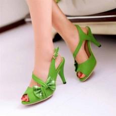 รองเท้าออกงาน ส้นสูงแต่งเพชรแฟชั่นเกาหลี นำเข้าไซส์34ถึง39 สีเขียว - พรีออเดอร์RB2172 ราคา1550บาท