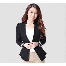 เสื้อสูท แฟชั่นเกาหลีขอบแขนลายทางสวยเทรนด์หรู นำเข้า ไซส์L สีดำ - พร้อมส่งTJ7221 ราคา1250บาท