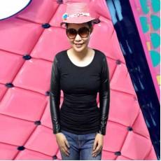 เสื้อยืดแขนยาว แฟชั่นเกาหลีผู้หญิงแขนเสื้อผสมหนังสวยเซ็กซี่เข้ารูป นำเข้า ฟรีไซส์ สีดำ - พร้อมส่งTJ7531 ราคา450บาท