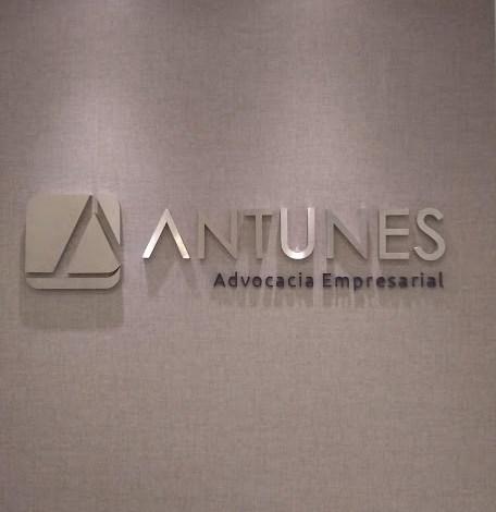 Logotipo para Antunes Advogados-1