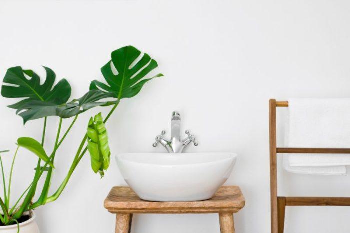 hout in de badkamer vijf verschillende woontrends