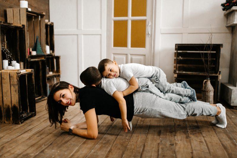 9 grootste vooroordelen over jonge moeders