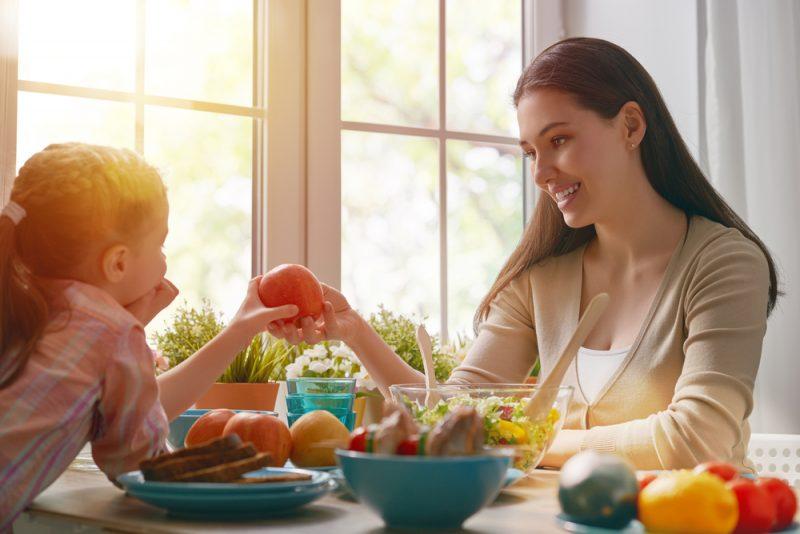 kindvriendelijke eettafel kopen