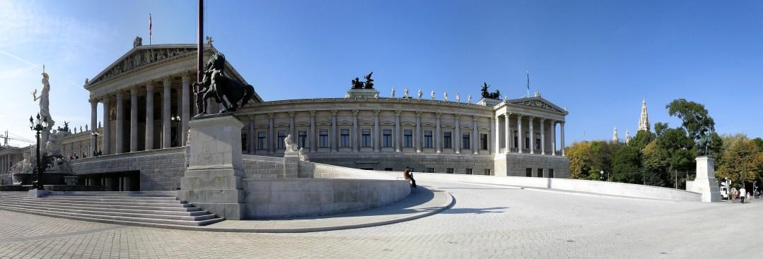 Misstrauensantrag vor Annahme? Wiener Parlament - Alcappuccino from Pixabay