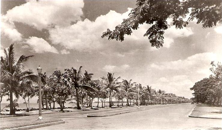 Dewey Boulevard in the 40s