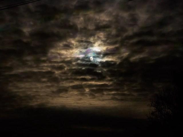 full-moon-020007