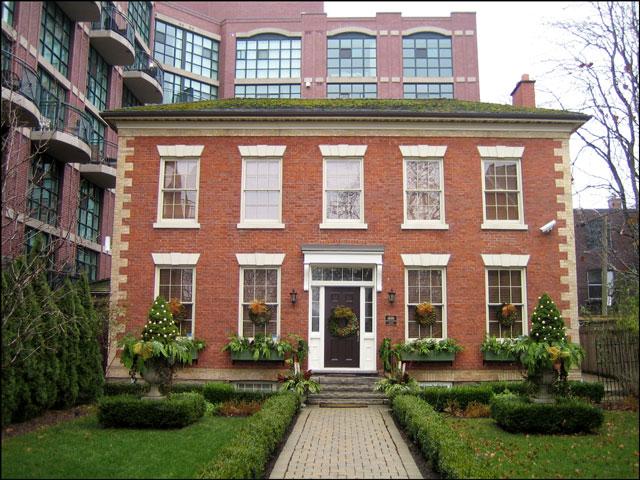 Farr-House-Toronto-2012
