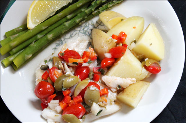 baked-fish-with-tomatoes-olives and capers