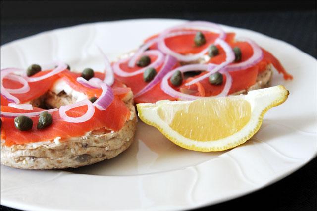 smoked-salmon-sandwich